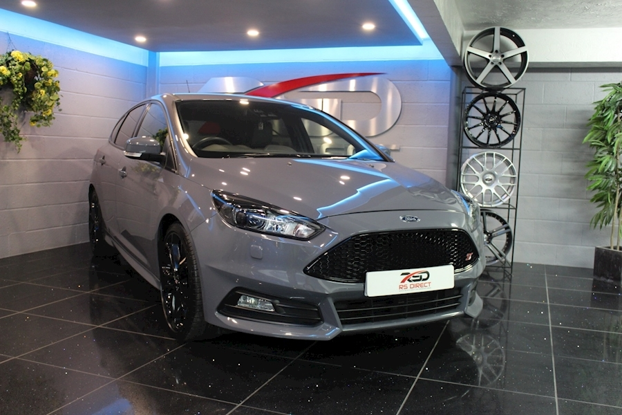 Ford Focus St-3 - Large 10