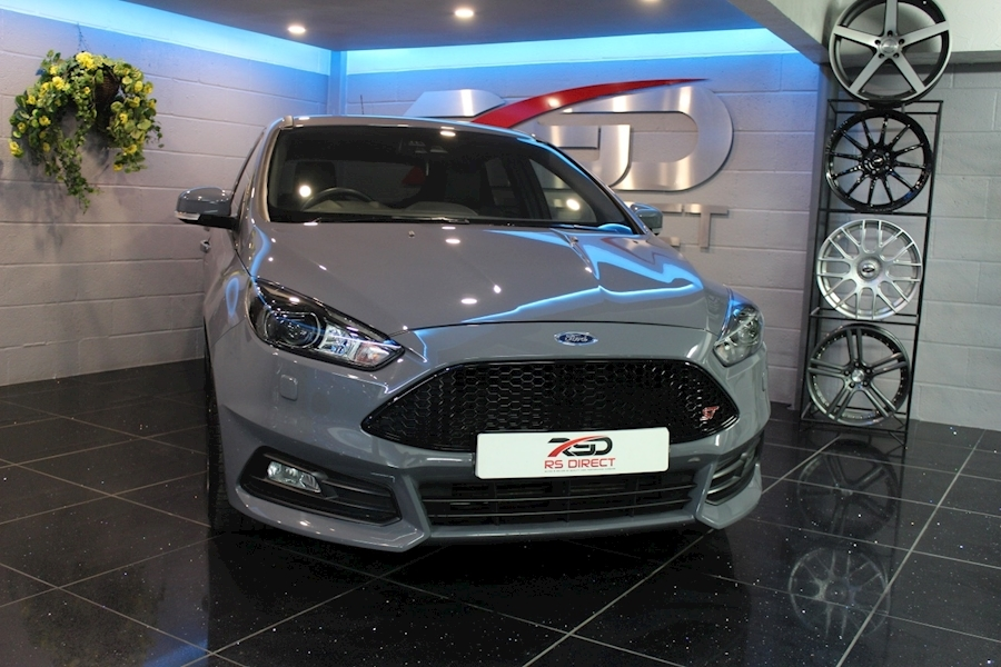 Ford Focus St-3 - Large 12