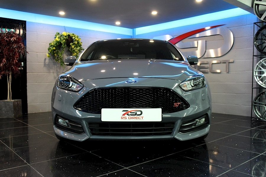 Ford Focus St-3 - Large 2