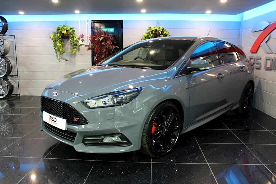Ford Focus St-3 - Large 14