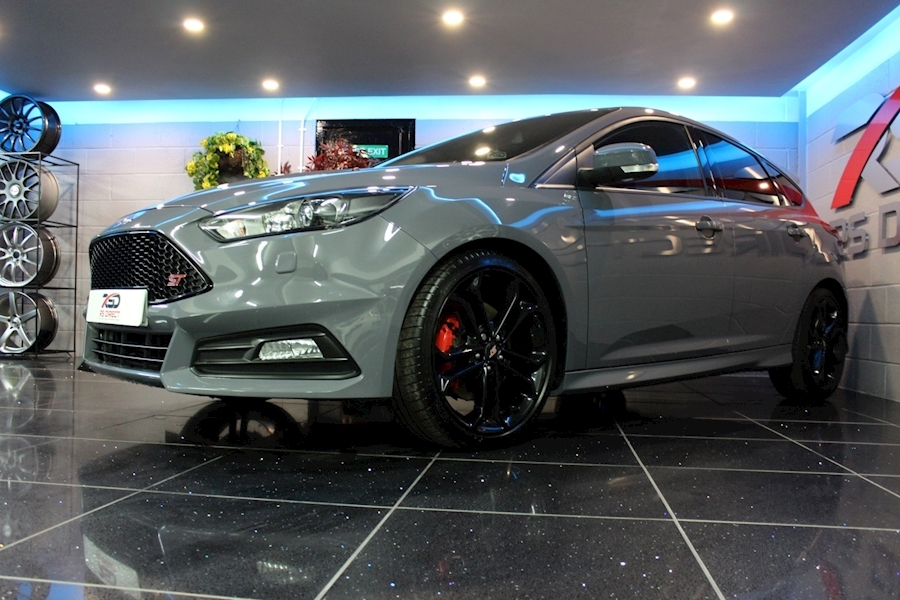 Ford Focus St-3 - Large 18