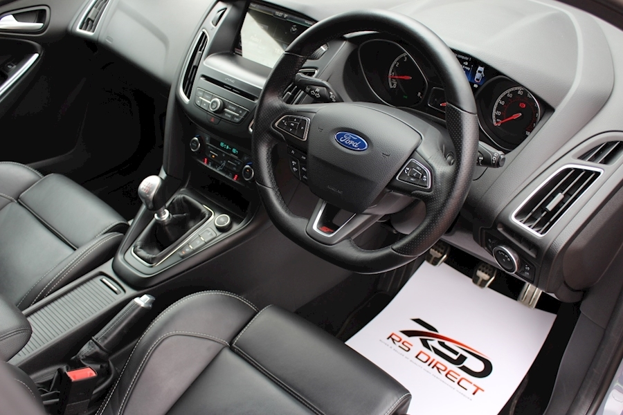 Ford Focus St-3 - Large 5