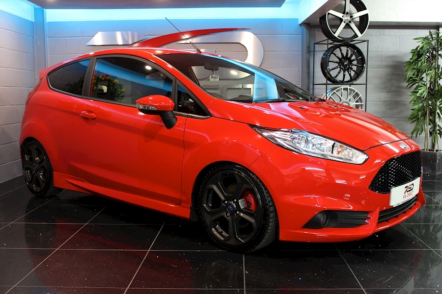 Ford Fiesta St-2 - Large 0