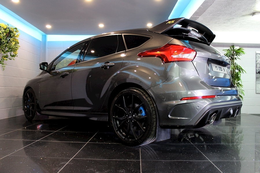 Ford Focus RS - Large 15