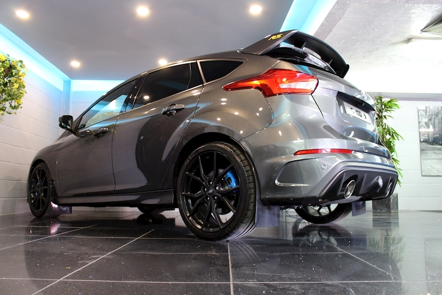 Ford Focus RS - Large 16