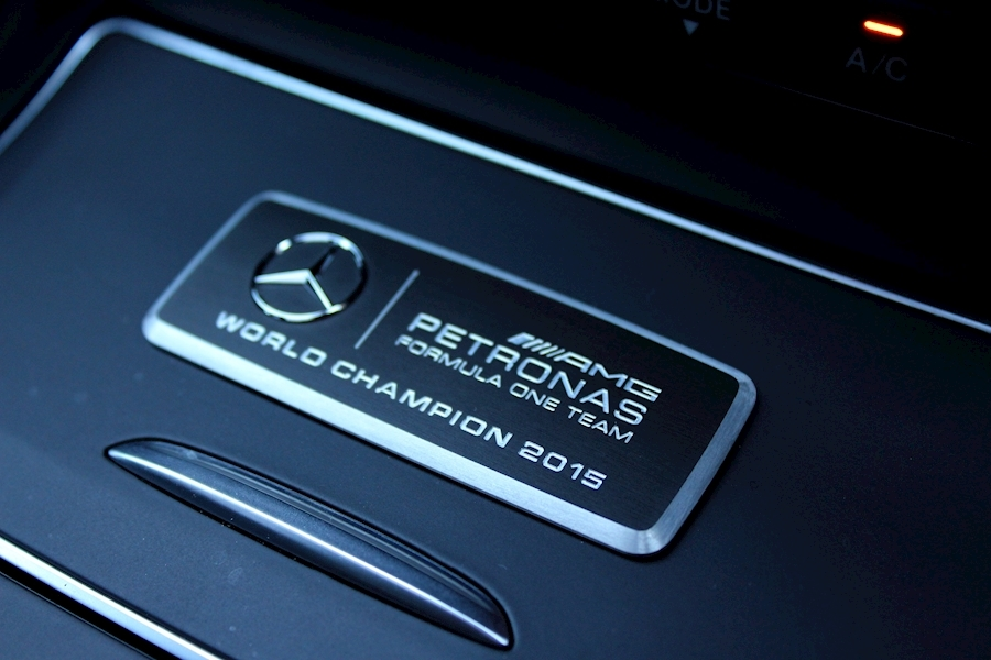 Mercedes A-Class Amg A 45 4Matic Petronas 15 World Ch Ed - Large 3
