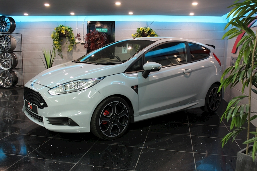 Ford Fiesta St200 - Large 6