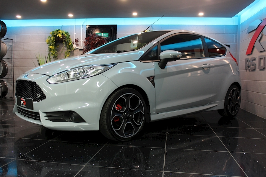 Ford Fiesta St200 - Large 9