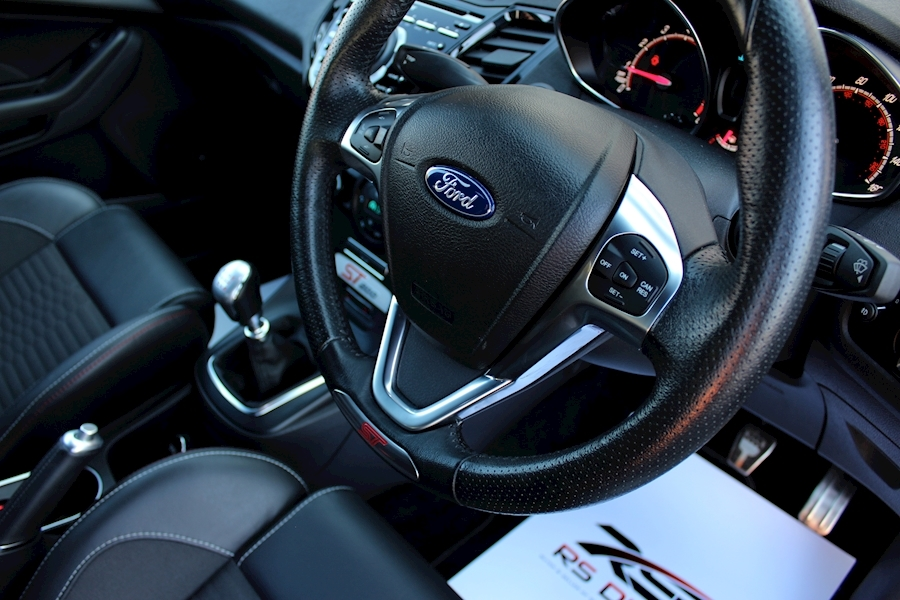Ford Fiesta St200 - Large 14