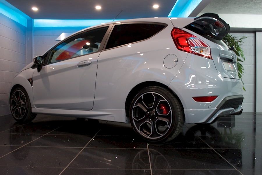 Ford Fiesta St200 - Large 22