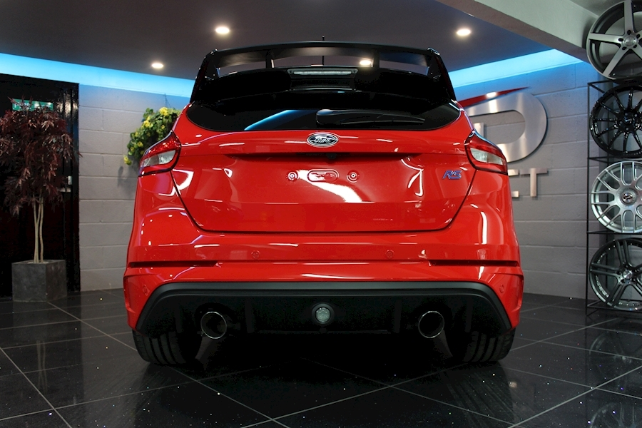 Ford Focus RS Red Edition - Large 27