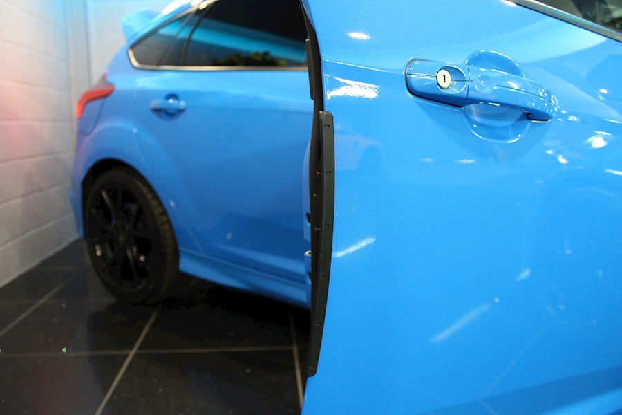 Ford Focus Focus RS - Large 18