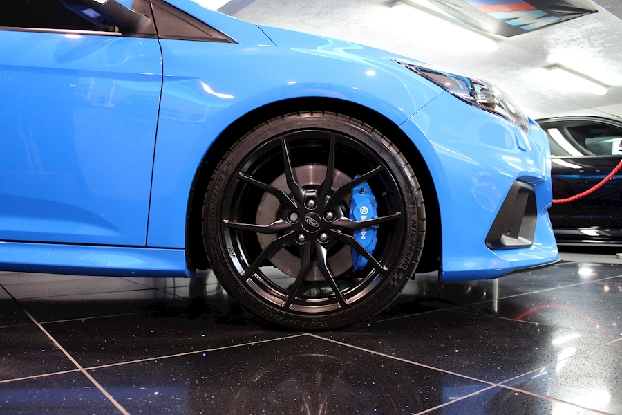 Ford Focus Focus RS - Large 22