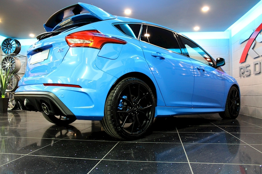 Ford Focus Focus RS - Large 38