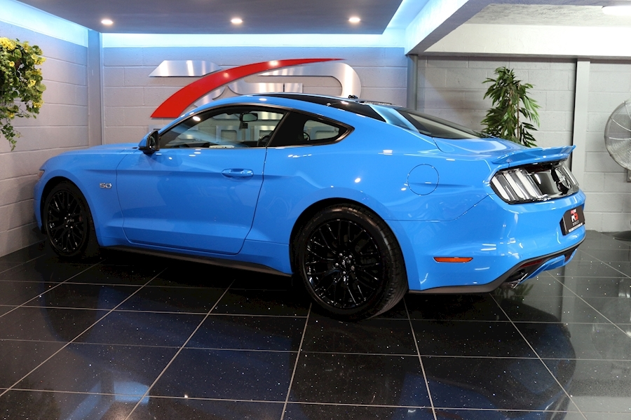 Ford Mustang Mustang Gt Auto - Large 40