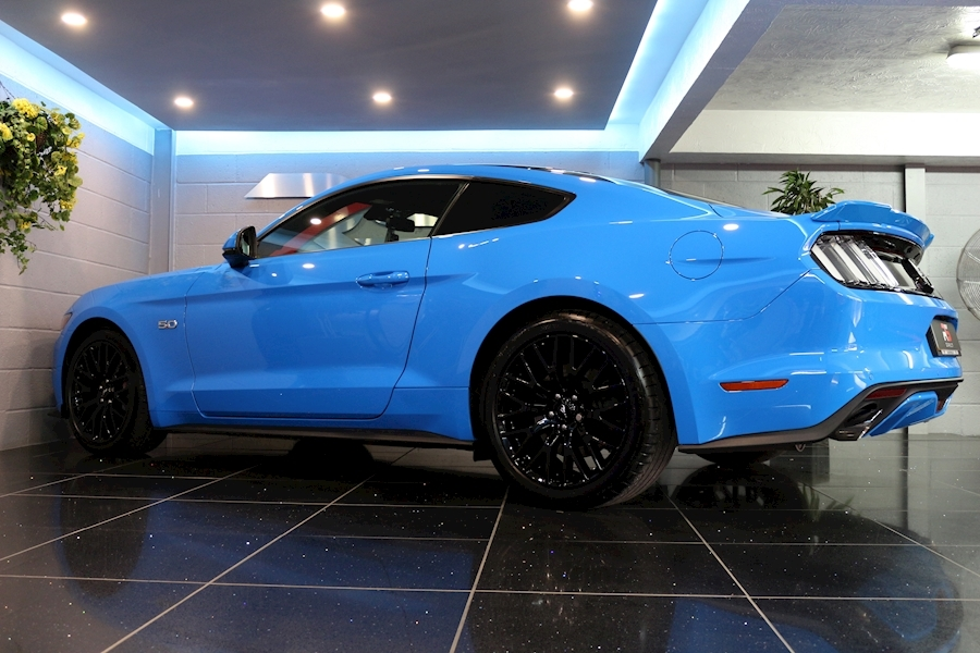 Ford Mustang Mustang Gt Auto - Large 42