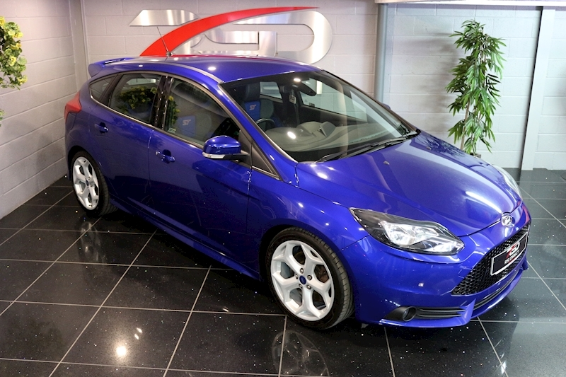 Ford Focus St-2 - Large 4