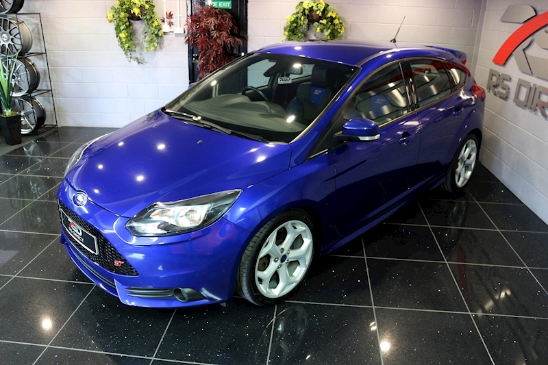 Ford Focus St-2 - Large 3