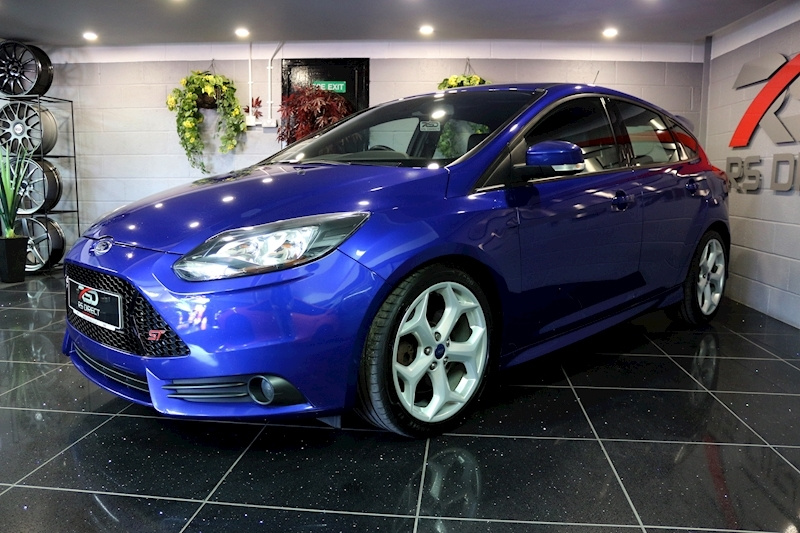 Ford Focus St-2 - Large 5