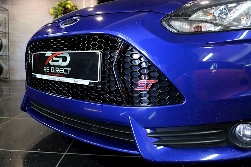 Ford Focus St-2 - Large 7