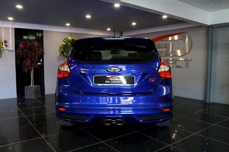 Ford Focus St-2 - Large 18