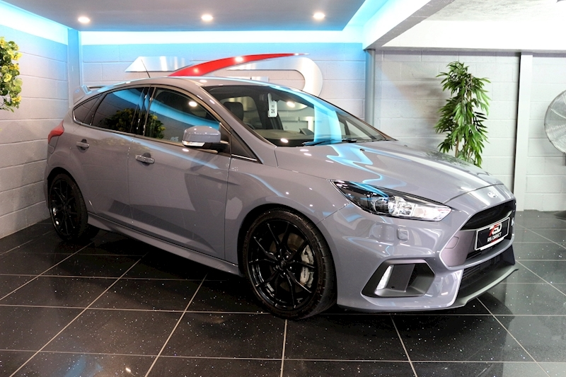 Ford Focus RS - Large 0