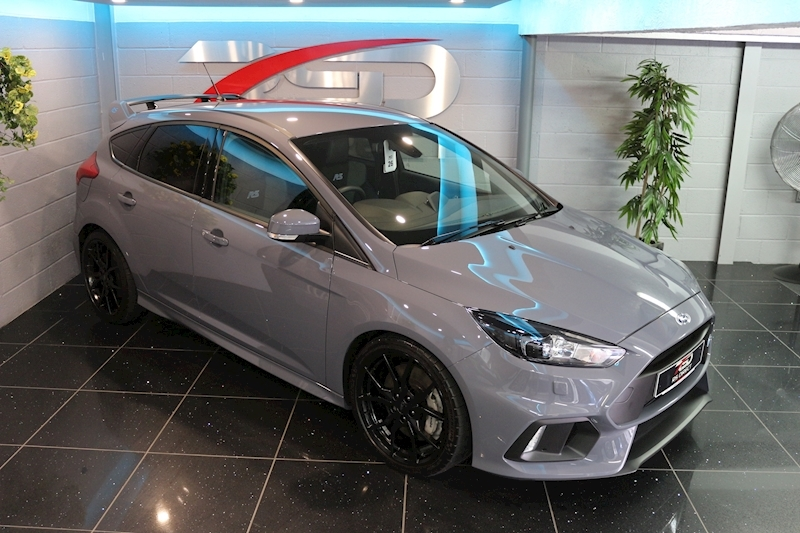 Ford Focus RS - Large 4