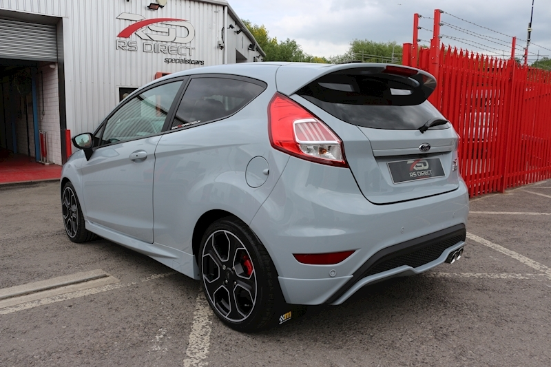 Ford Fiesta St200 - Large 21
