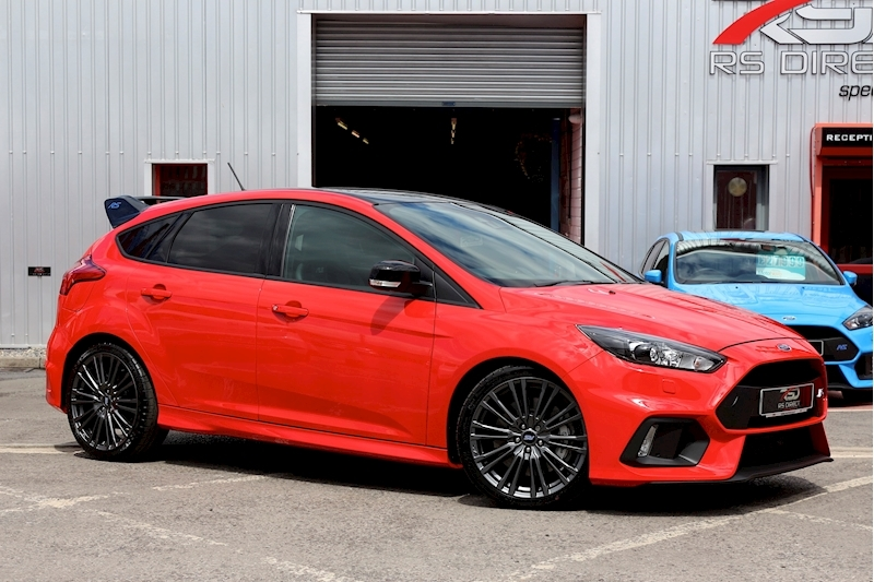 Ford Focus Rs Red Edition - Large 0