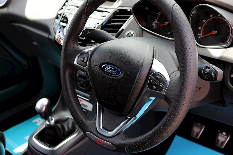 Ford Fiesta St200 - Large 12