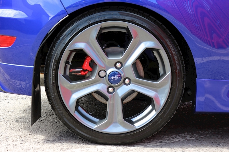 Ford Fiesta St-3 - Large 10