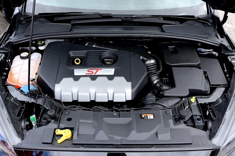 Ford Focus St-3 - Large 4