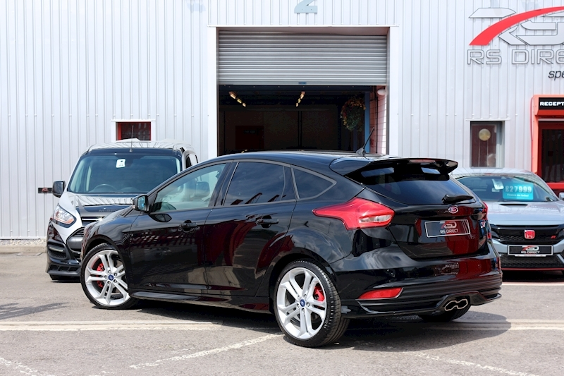 Ford Focus St-3 - Large 30
