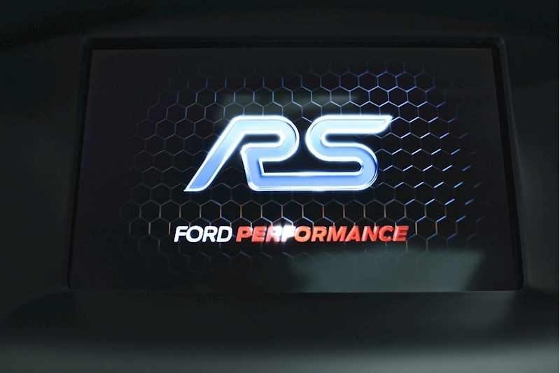 Ford Focus RS - Large 8