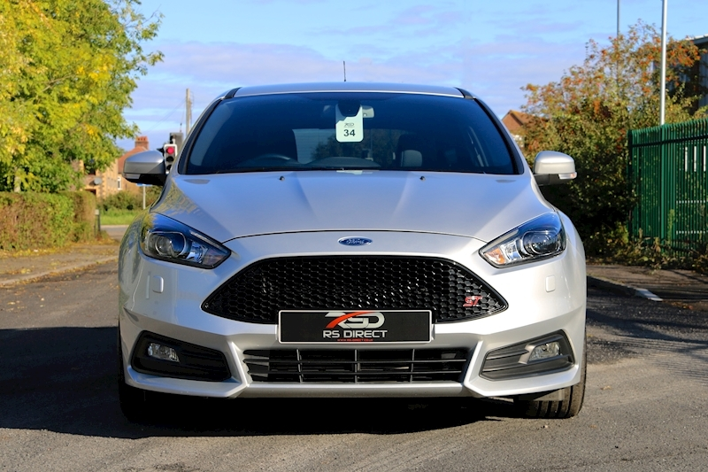 Ford Focus St-3 - Large 1