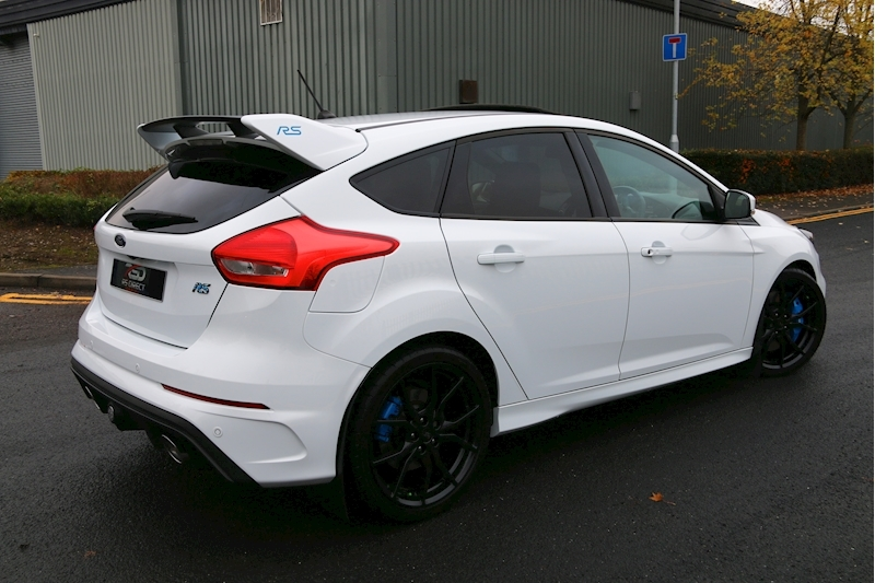 Ford Focus RS - Large 27