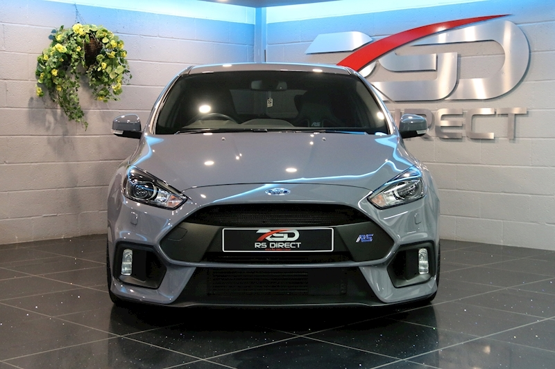 Ford Focus Rs - Large 1