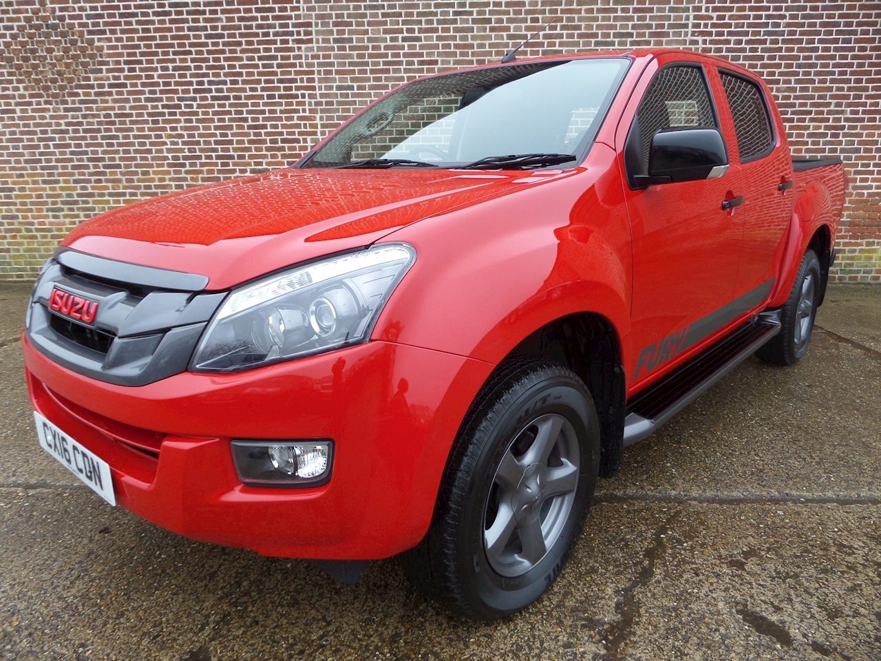 Isuzu D-Max Td Fury Dcb 2.5 4dr Pick-Up Manual Diesel