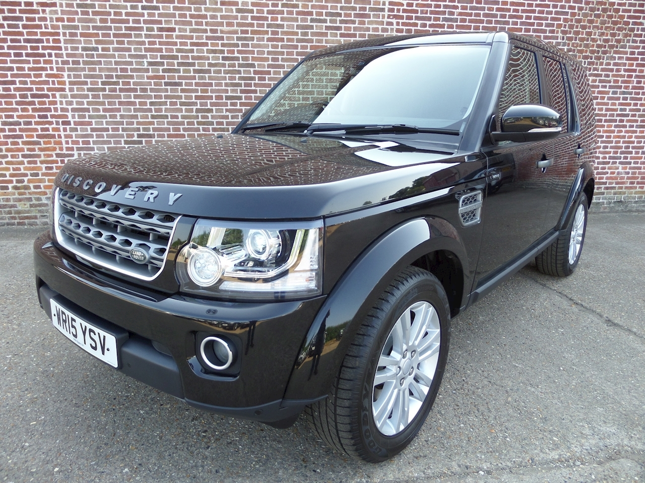 Land Rover Discovery Sdv6 Commercial Xs 3.0 5dr Light 4X4 Utility Automatic Diesel
