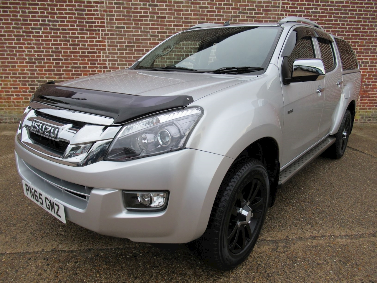 Isuzu D-Max Td Utah Vision Dcb 2.5 4dr Pick-Up Manual Diesel