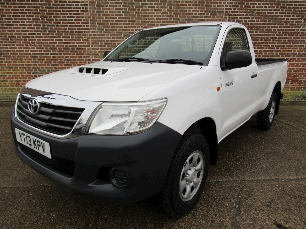 Toyota Hilux Hl2 4X4 D-4D S/C Light 4X4 Utility 2.5 Manual Diesel