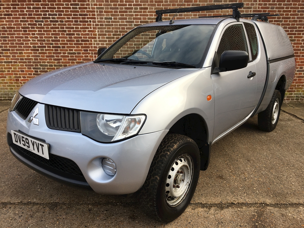 Mitsubishi L200 Di-D 4X4 4Work C/C Pick-Up 2.5 Manual Diesel