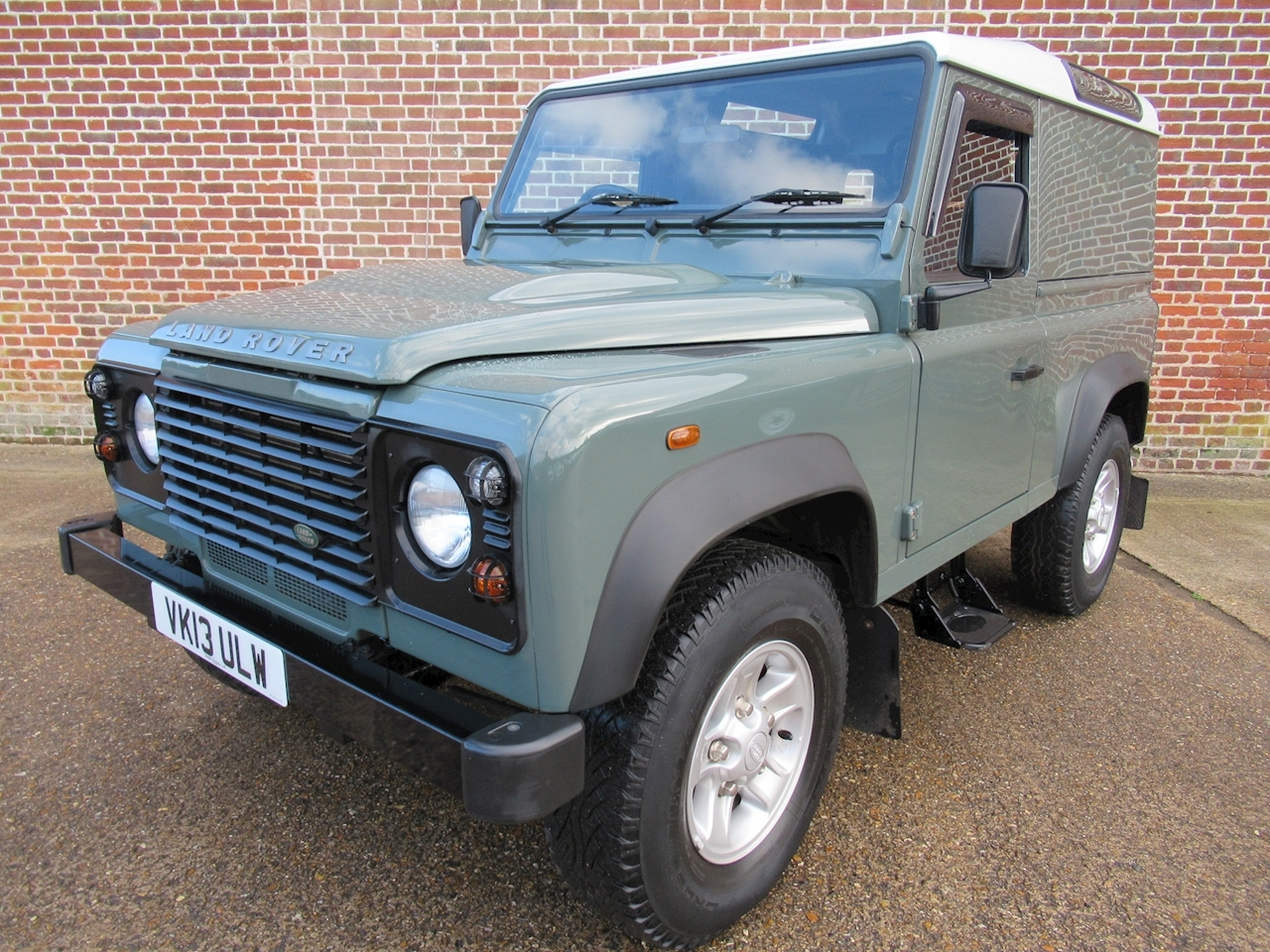 Land Rover Defender 90 Td Hard Top 2.2 2dr Light 4X4 Utility Manual Diesel