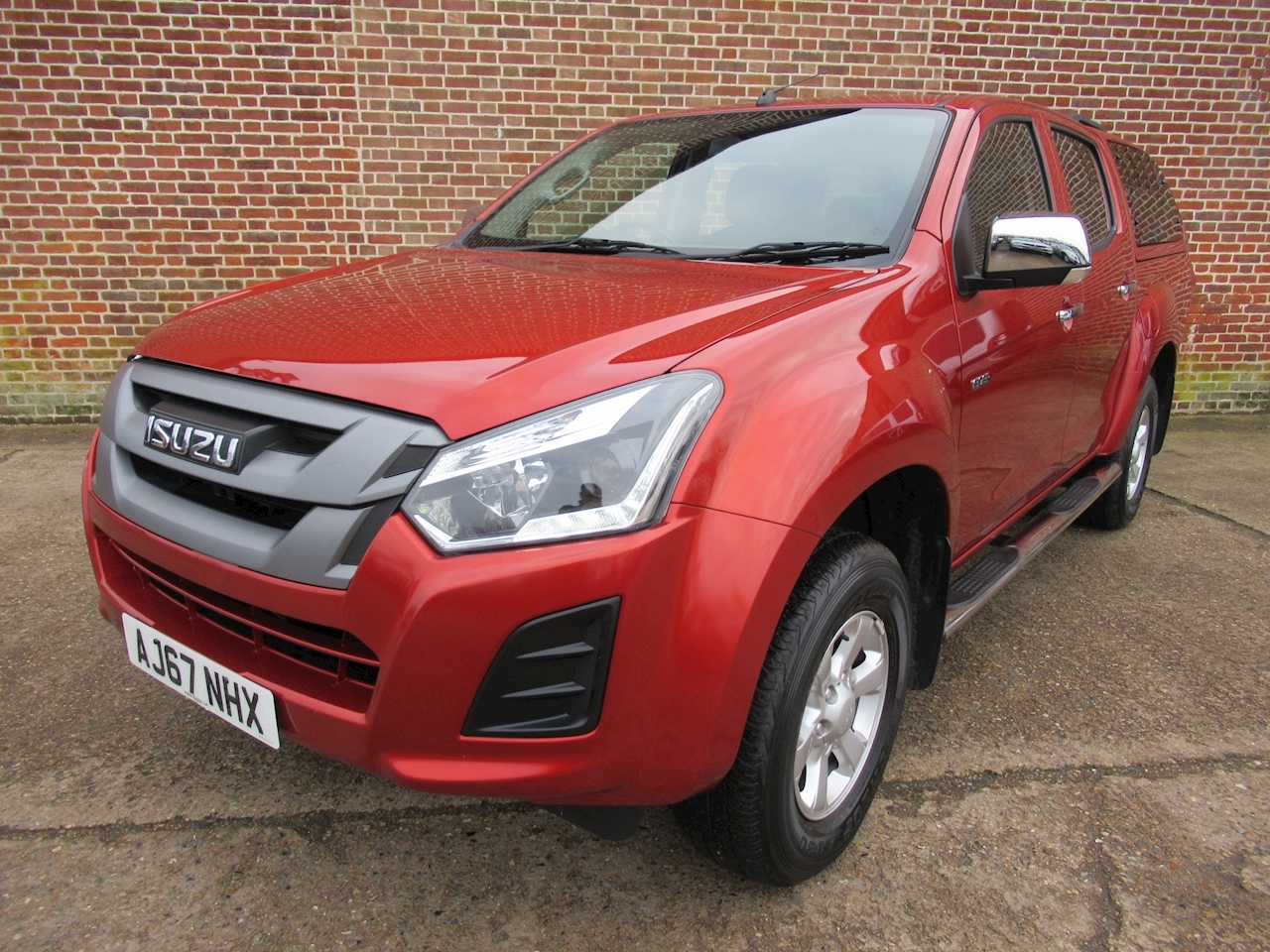 Isuzu D-Max Eiger Dcb 1.9 4dr Pick-Up Manual Diesel