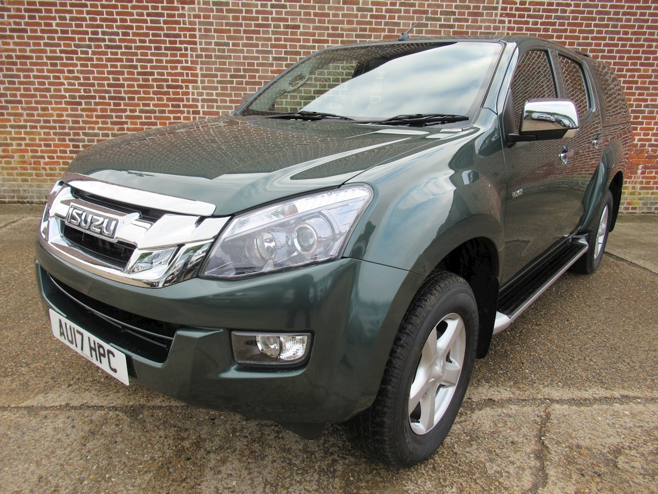 Isuzu D-Max Td Yukon Dcb Pick-Up 2.5 Manual Diesel