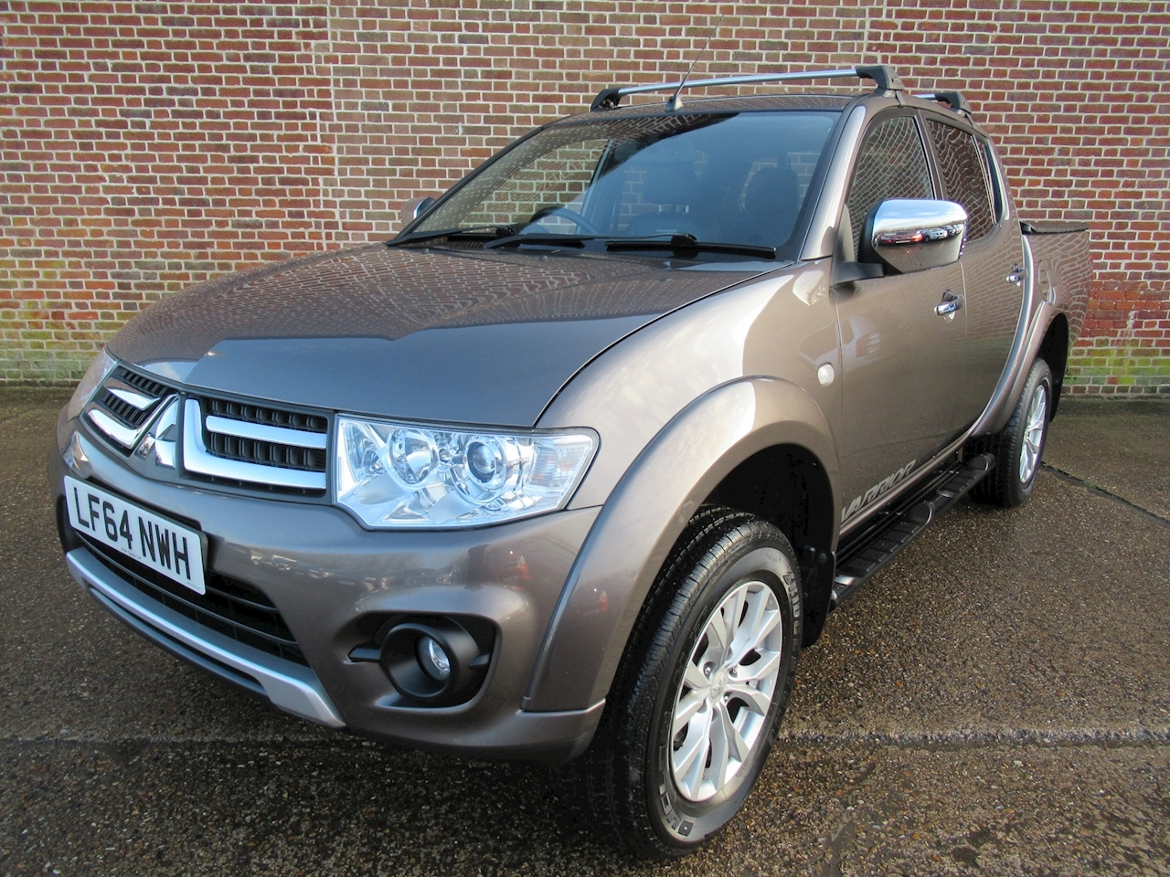 Mitsubishi L200 Di-D 4X4 Warrior Lb Dcb 2.5 4dr Pick-Up Manual Diesel