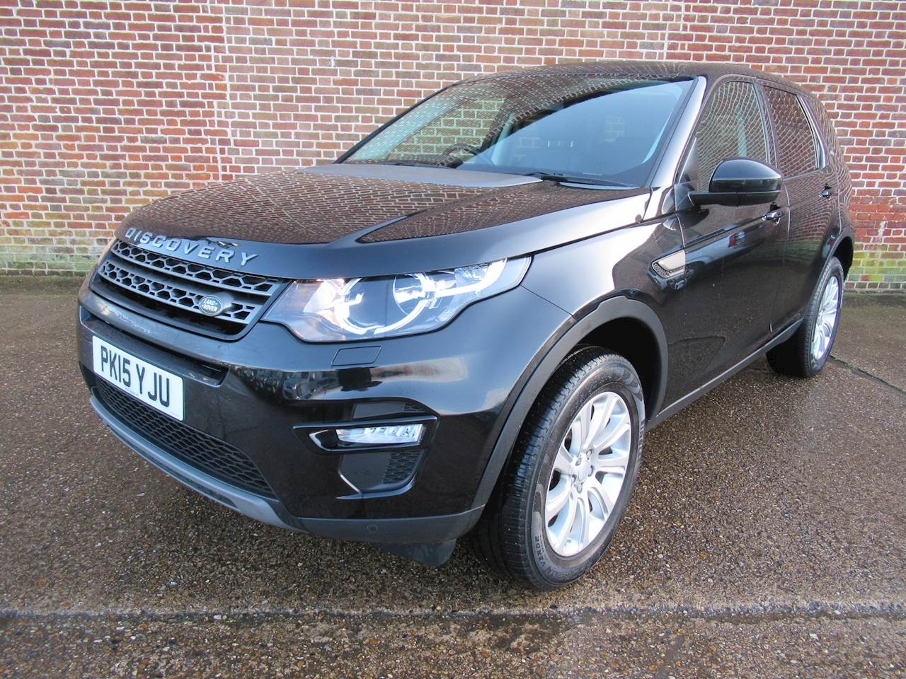 Land Rover Discovery Sport Sd4 Se Tech Estate 2.2 Manual Diesel
