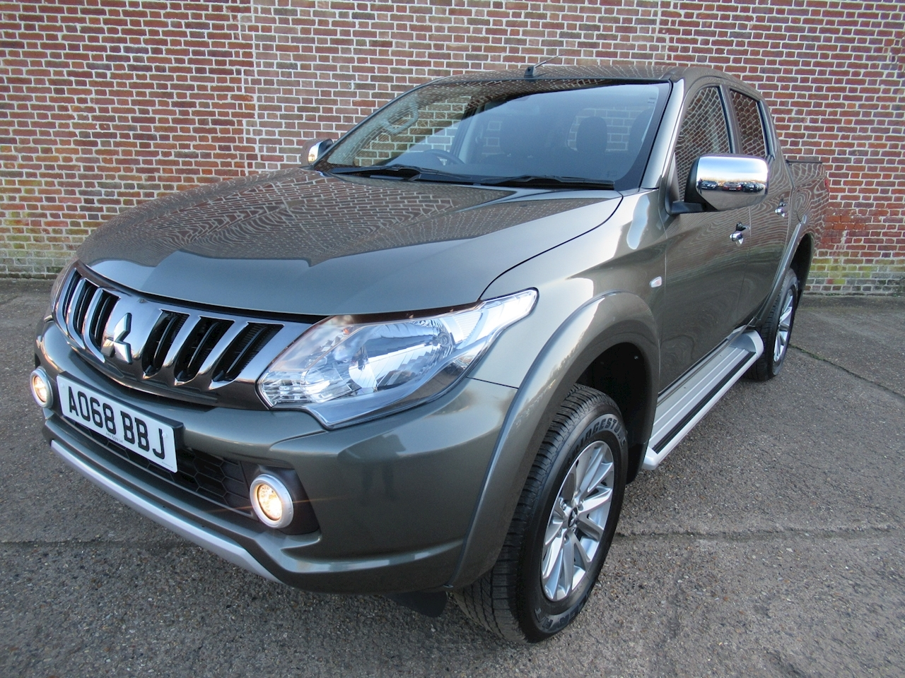Mitsubishi L200 Di-D 4Wd Titan Dcb 2.4 4dr Pick-Up Manual Diesel
