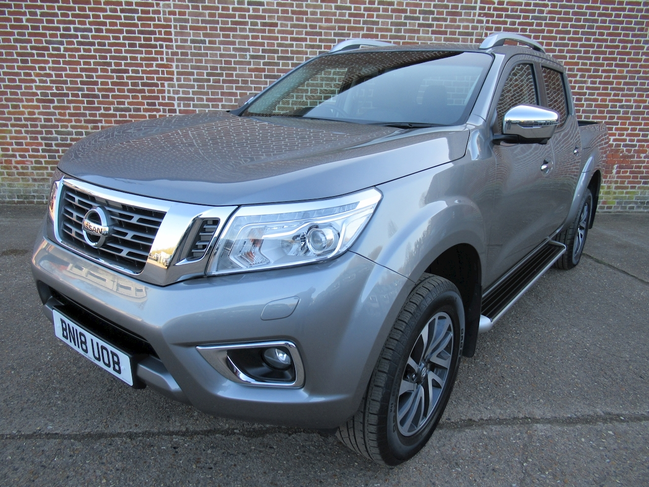 Nissan Navara Dci Tekna 4X4 Shr Dcb 2.3 4dr Pick-Up Manual Diesel