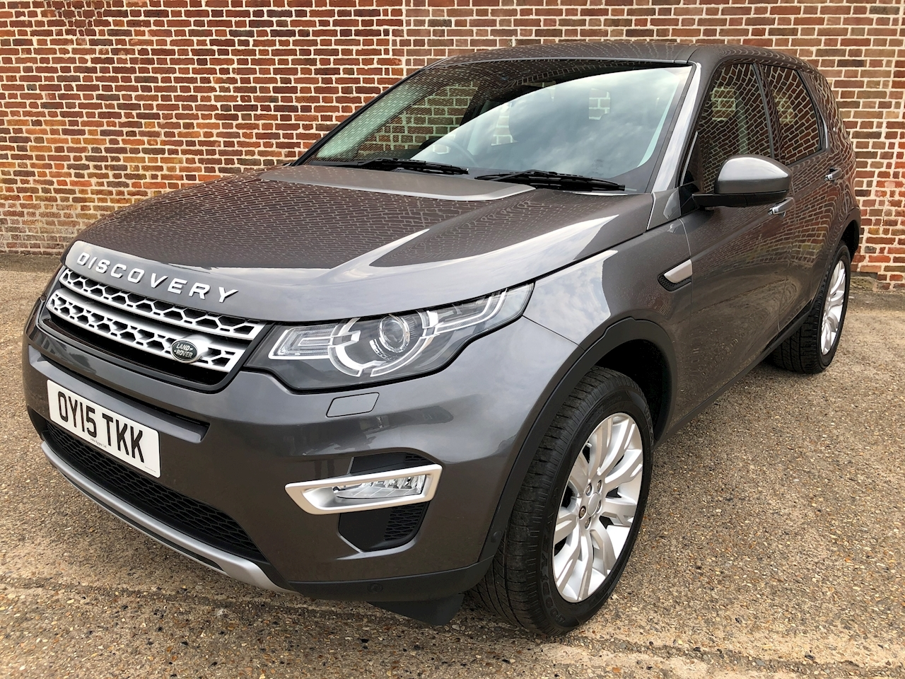 Land Rover Discovery Sport HSE Luxury SUV 2.2 Auto Diesel